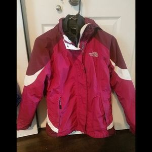 Size M North Face coat